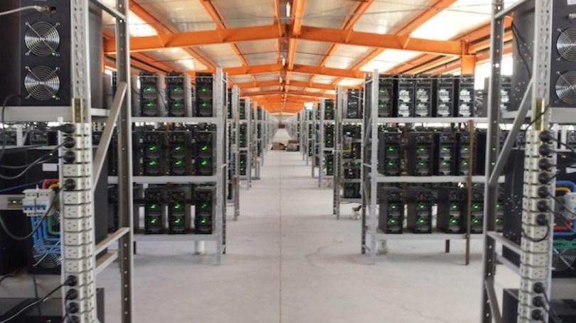 Bitcoin-mining-farm-in-China